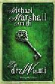 Smith Michael Marshall - Za drzwiami