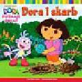 Inches Alison - Dora poznaje świat Dora i skarb